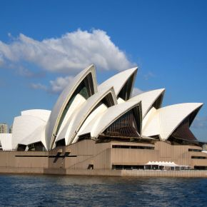 Sydney Opera House: Disastrous Start, Fantastic Finish