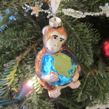 Global Monkey. What could be more appropriate for a couple of nomads than a monkey embracing a globe.