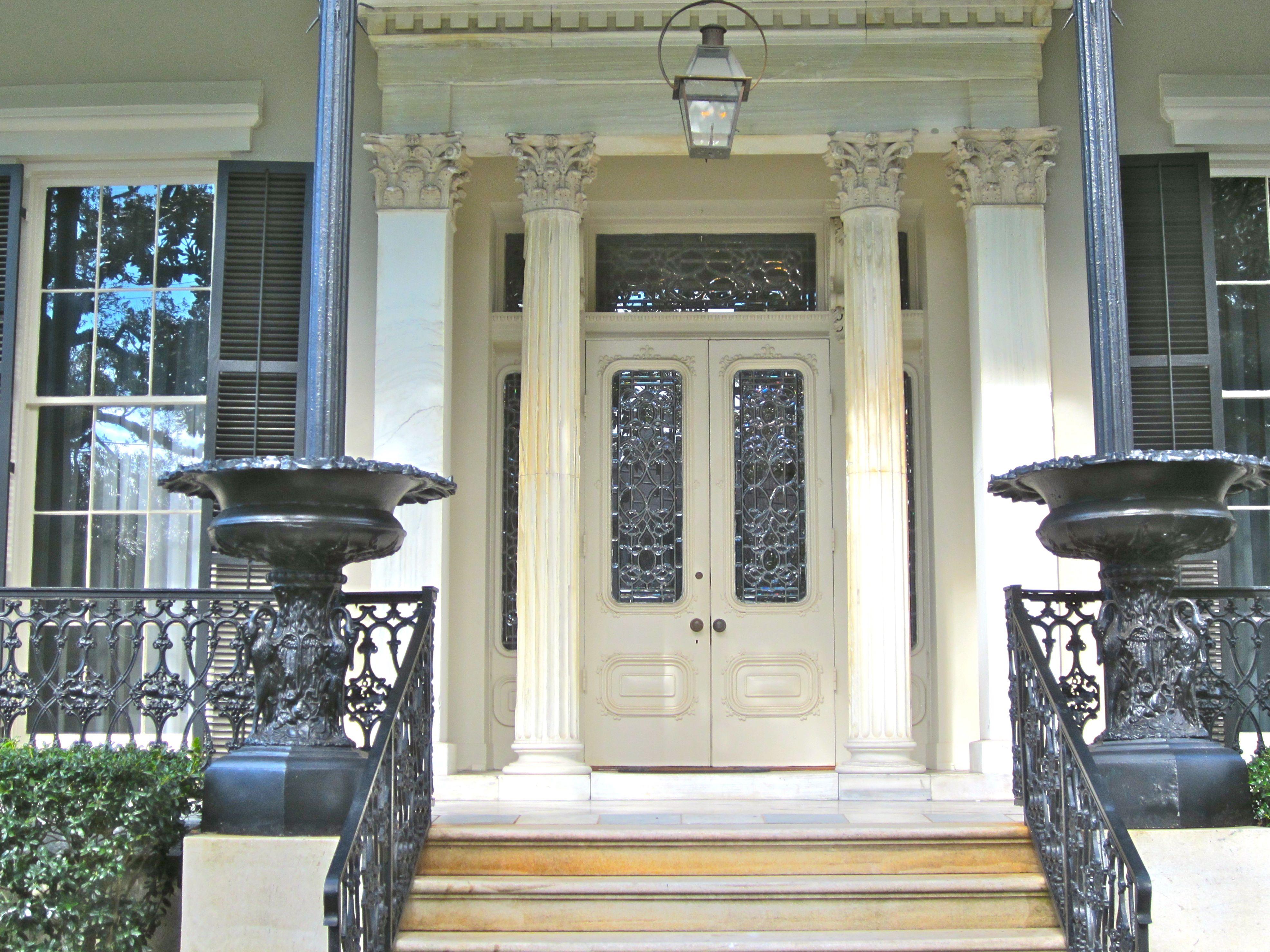 Grand entrance gallivance for Grand entrances