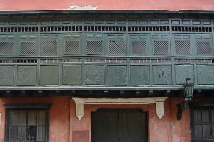 Balcony-Conde de Superunda Street in Lima.