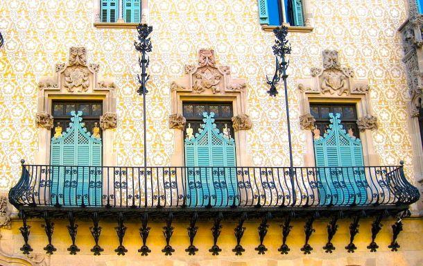 CasaAmatller-Full Balcony