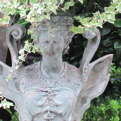 Lady Urn