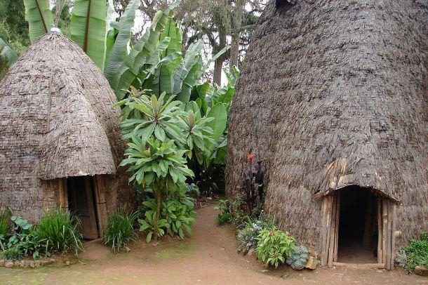 Dorze_huts