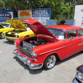 Roadside Americana: Crusin' The Classic CarShow