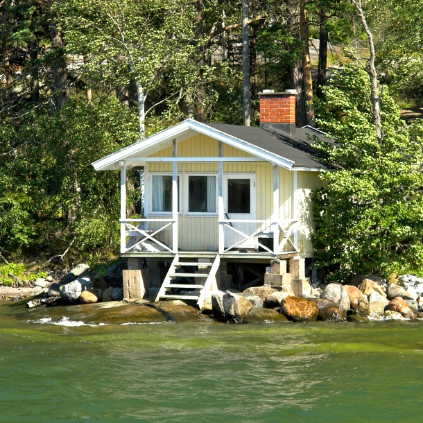 Lakeside Cottage - Version 3