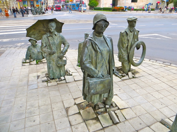 Pedestrians Appearing 2