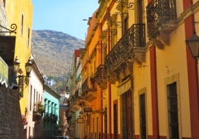 The Serpentine Streets of Guanajuato: Lemons to Lemonade