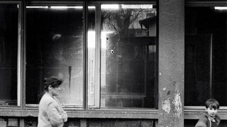 Sarajevo_siege_bullet_holed_window (1)