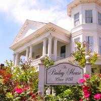 Natchez Beauty: Lisa's Labor of Love
