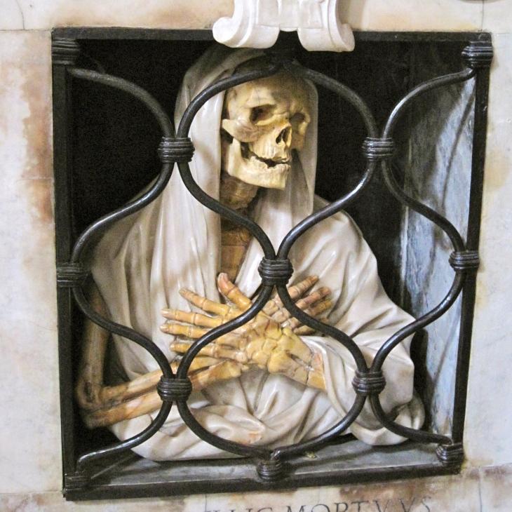 Skeleton in niche