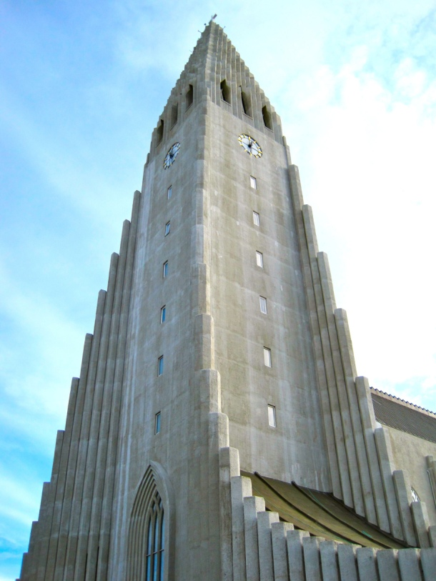 Hallgrimskirkja church 2