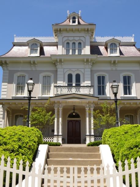Grand House