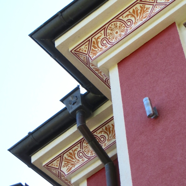 Under Eaves Detail