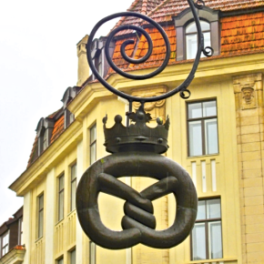 Tallinn's Historic Signs: Sometimes Less is More