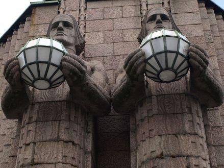 lyhdynkantajat-lamp-holders-2