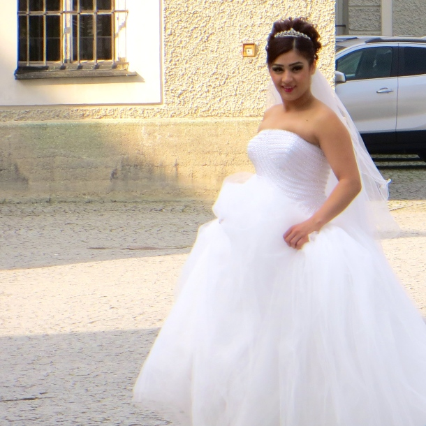 munich-bride-at-the-nymphenberg-palace