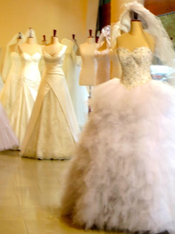 wroclaw-wedding-dresses
