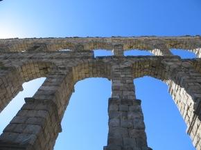 The Aqueduct of Segovia: An Amazing Legacy of AncientRome