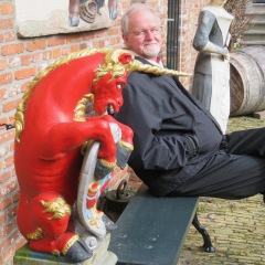 James and the Hoorn Unicorn