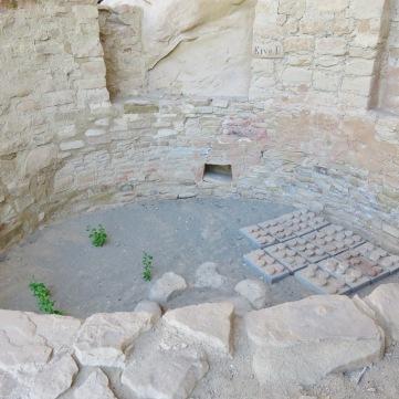 *Mesa Verde Kiva 3