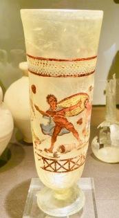 Vase w Figure