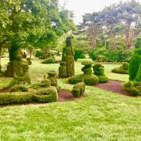 The Picnic as Art Form: Strolling the Topiary Park of Columbus, Ohio